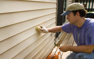 Signs You Should Replace Your Home's Siding in Lexington, Kentucky (KY)